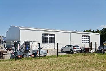 Werkstatthalle 12 × 30 m | KFZ-Werkstatt