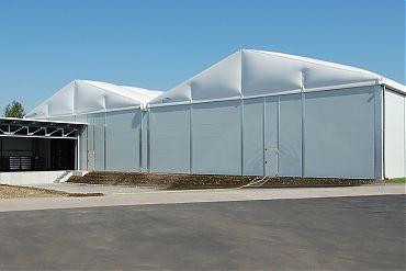 2 Stk. Logistikhalle 40 × 50 m (zweischiffig) | Getränkelager