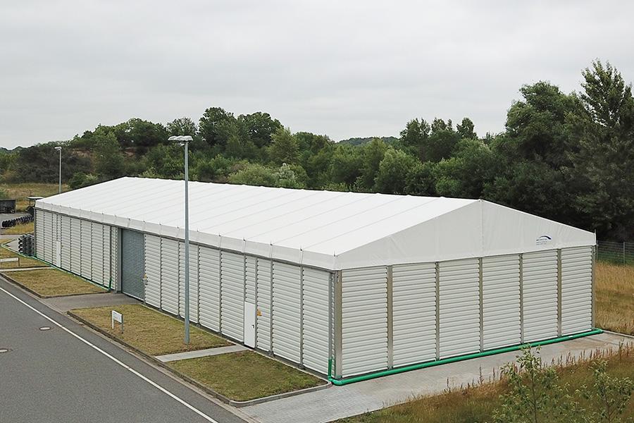 Lagerhalle 15 × 45 m | Lager für Generatoren